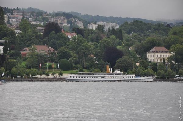 Из <a href=http://shchepotin.ru/foto.php?subpage=59&album=55>Лозанны</a> в Кюлли идём на вот таком же колесном пароходе
