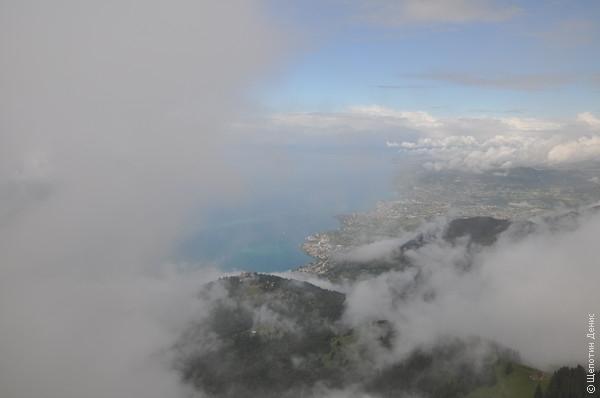 Было облачно, но Монтрё на минутку показался