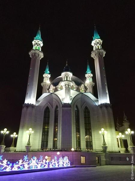 Мечеть Кул-Шариф. Действительно очень красивое сооружение, хоть и новодел