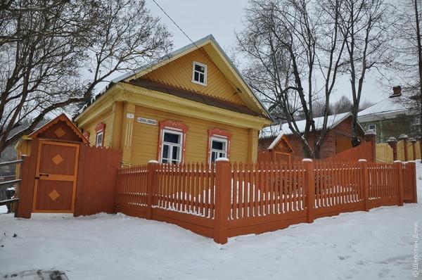 В Плёсе умеют ремонтировать/реставрировать и строить дома, сохраняя очарование русской архитектуры