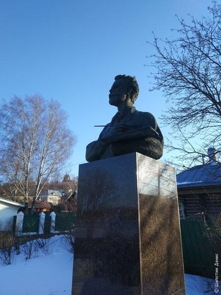Но, в первую очередь, Плёс знаменит художниками. Здесь жил и творил Исаак Левитан