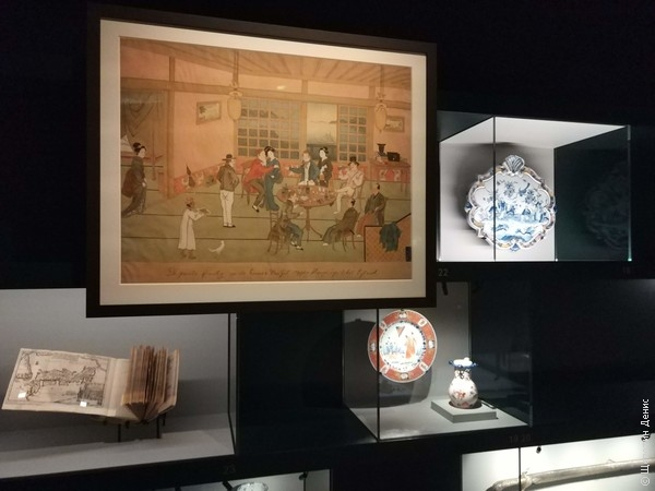 Занятный сюжет на гравюре: европейские купцы с гейшами